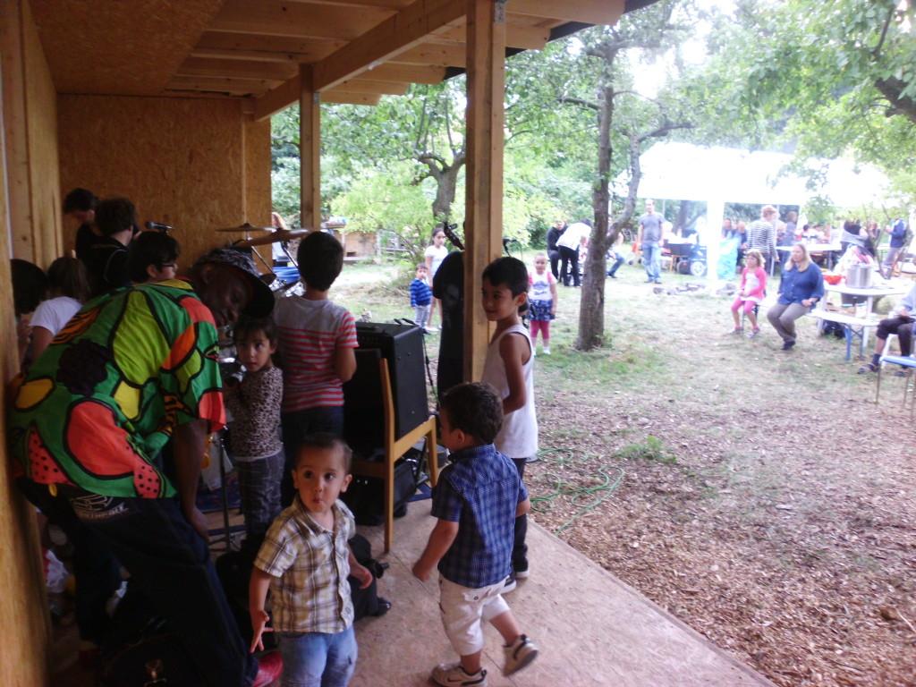 jetzt Gartenkulturbühne, Konzert der Reggaeband MMO