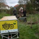 Transport mit KlimaKOST-Mobil / Pflanz-Team