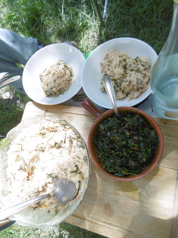...bereitet uns auf kurzen Wegen ein k-östliches Mittagsessen