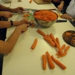 Möhren > feine Streifen für Kimchi